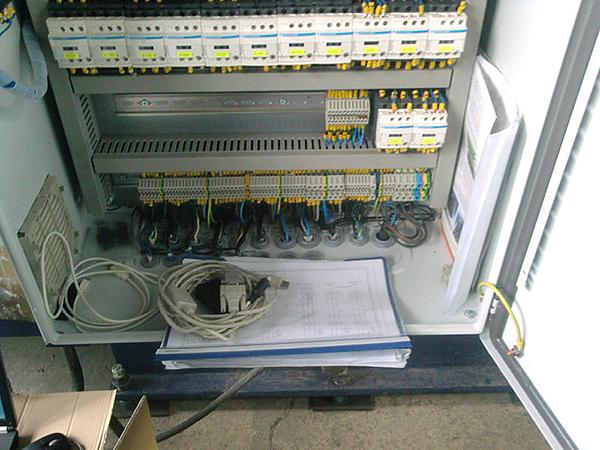 Електро шкаф на специализирана машина – производствен етап